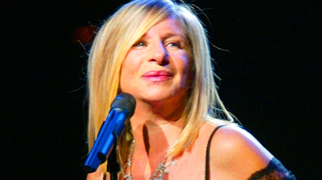 Barbra Streisand Coming to Chicago in 9-City Summer Concert Tour