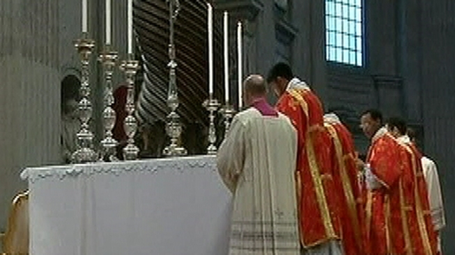 Chicago Offers Prayers For Cardinals As Conclave Begins