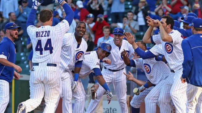 Cubs Win Fourth Straight on Rizzo Walk-Off Homer