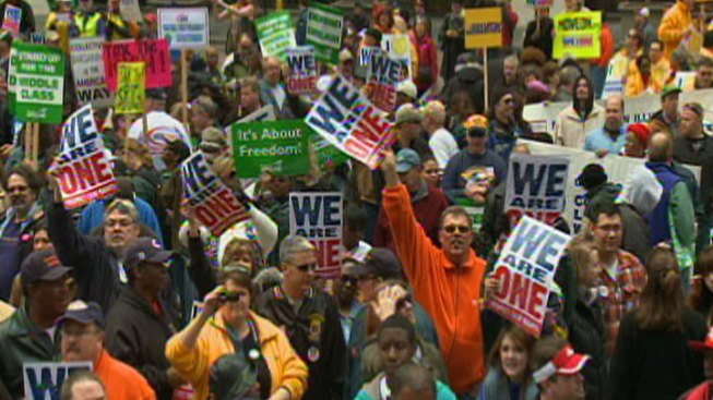 City Allows G8 Protests at Daley Plaza