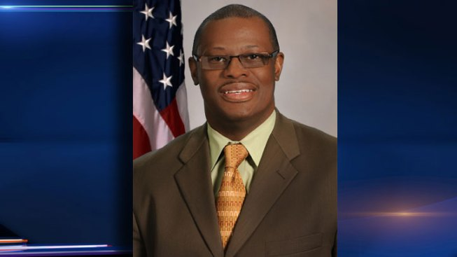 Dems Pick Indicted Derrick Smith's Challenger