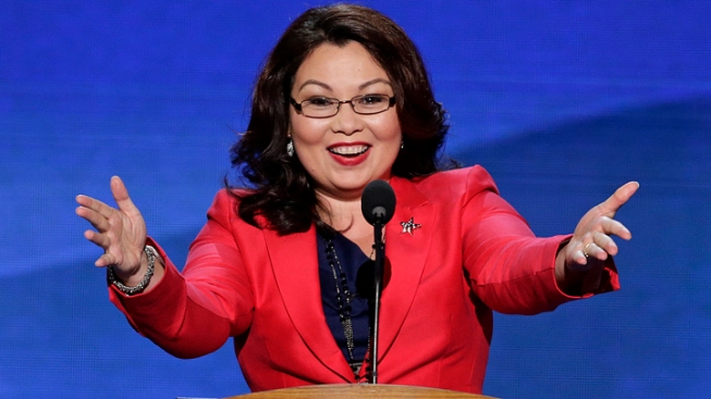 Duckworth at DNC: Trump 'Not Fit to Be Commander-in-Chief'