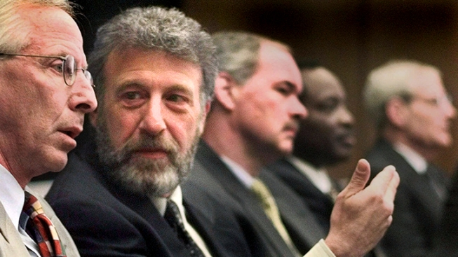 Men's Wearhouse: George Zimmer Wanted to Take Company Private
