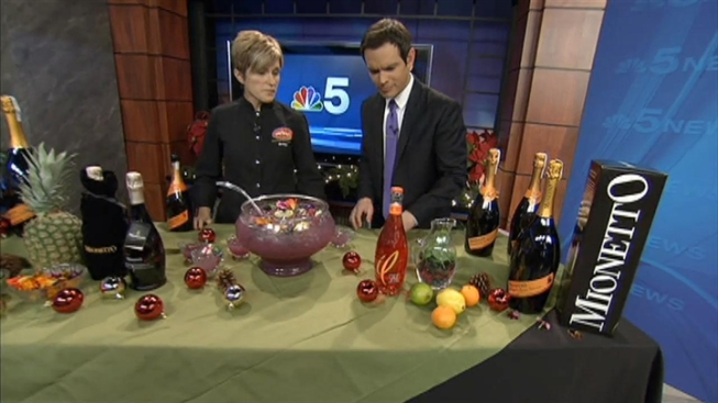 Celebrate This Holiday Season in Lively St. Charles