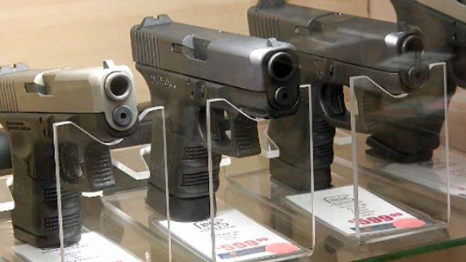 Federal Judge Strikes Down Chicago's Gun Sales Ban