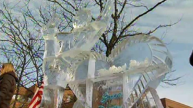 Highland Park Unveils Jason Brown Ice Sculpture