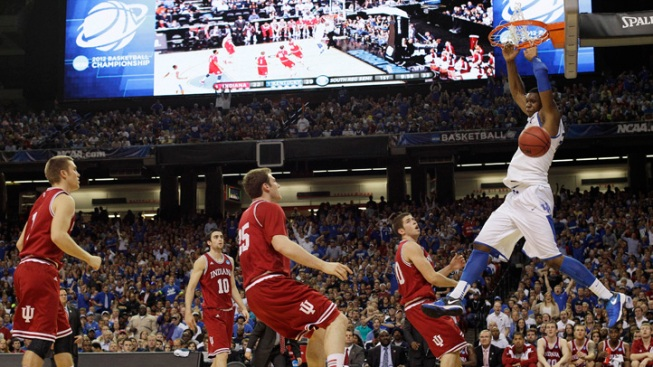 Top-Seeded Kentucky Knocks Off Indiana 102-90