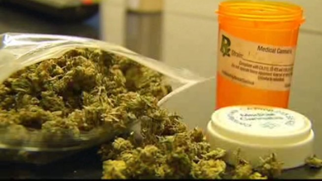 Illinois House Committee OKs Medical Marijuana