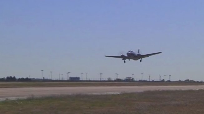 Fed Cuts Could Shut Air Traffic Control Towers
