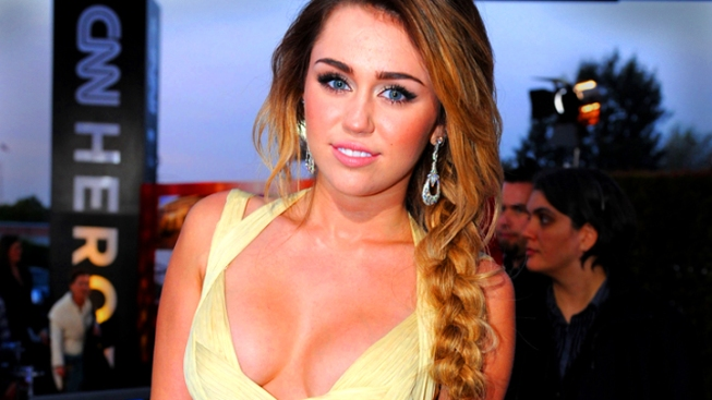 Two and a Half Men's New Woman: Miley Cyrus to Guest-Star on Hit Comedy