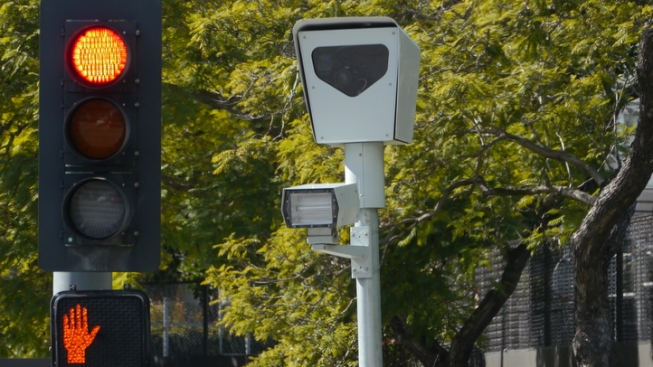 City to Remove Red Light Cams from 18 Intersections