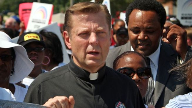 Pfleger Suspended from St. Sabina