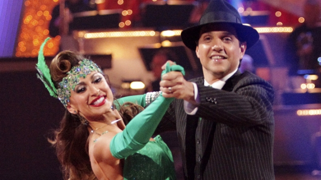 "Injured Macchio Bombs in ""DWTS"" Ballroom"
