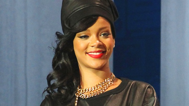LAPD Responds to Bogus Shooting Report at Rihanna's Pacific Palisades Home