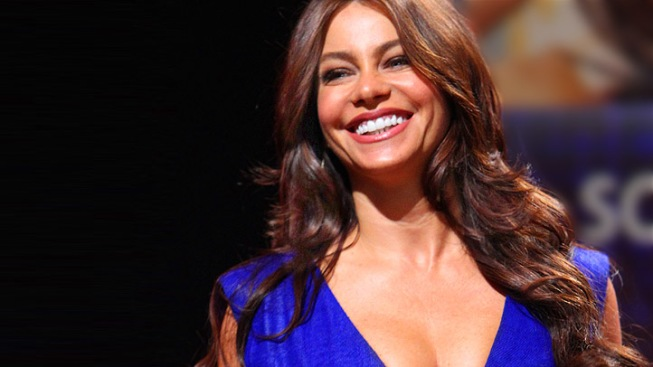"Sofia Vergara Warns Boyfriend Not To ""Ruin"" Her Emmy After-Party Experience"
