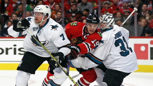 Blackhawks Win 4-3 Overtime Thriller Against Sharks