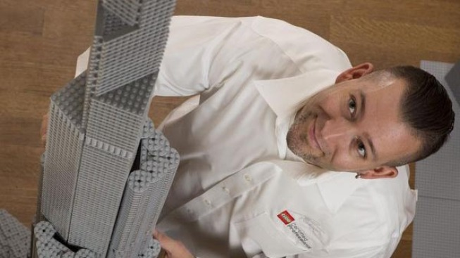 Meet The Master LEGO® Builder Behind MSI's Brick by Brick