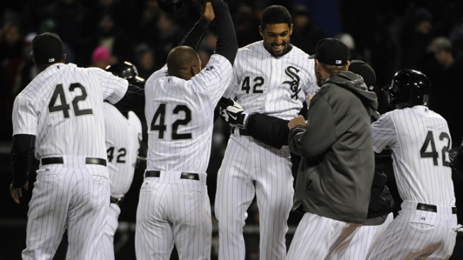 White Sox Beat Red Sox On Ninth Inning Error