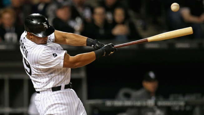 Abreu Blast Lifts Sox Over Tigers