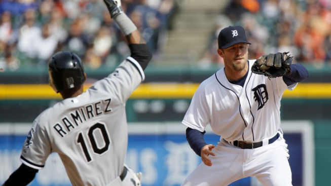 Sox Lose 6-4 to Tigers