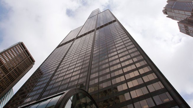 "Willis Tower May Keep ""Tallest Building"" Claim"