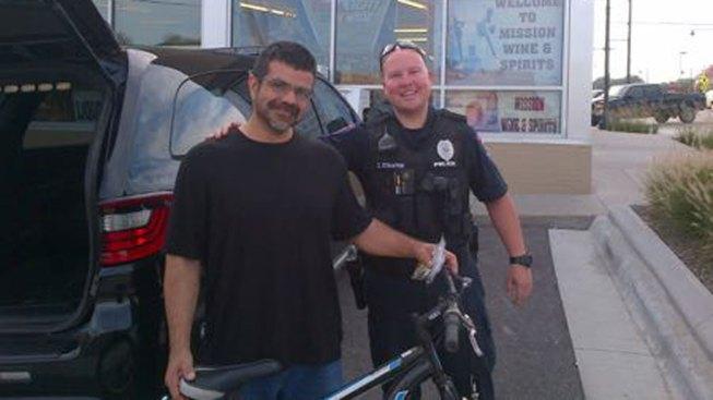 Kansas Officer's Gesture Brings Homeless Man to Tears