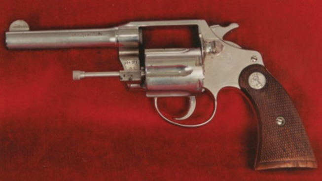 Al Capone's Revolver Up for Auction in London