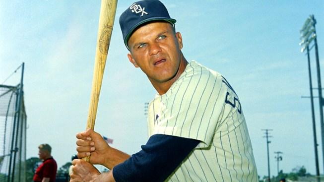 Former Sox Skowron Dead at 81