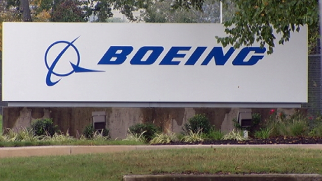 Boeing Makes $18 Billion Deal, Largest In History