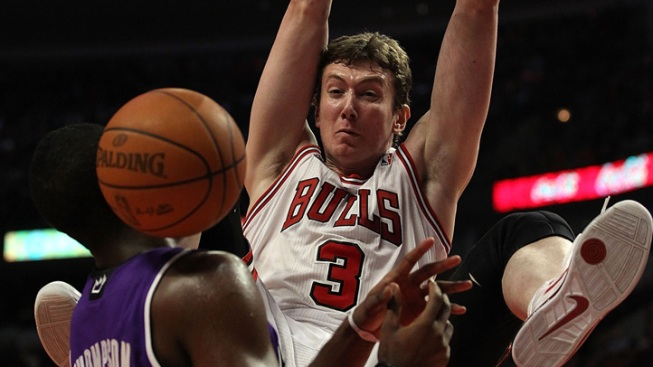 Bulls Rout Kings for 50th Win of Season