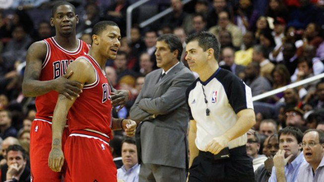 Rose Scores 35 to Lead Bulls Over Wizards