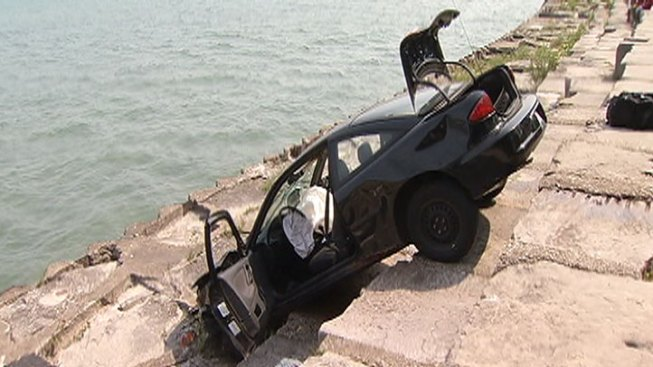 Man Tries to Drive into Lake Michigan