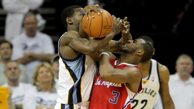 Clippers Stun Grizzlies With Late 27-Point Rally