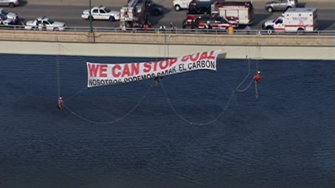 Eight Greenpeace Protestors Arrested