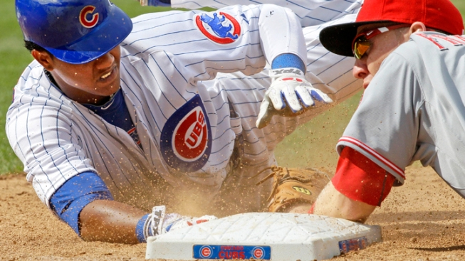Bumbling Cubs Make 5 Errors in Loss to Reds