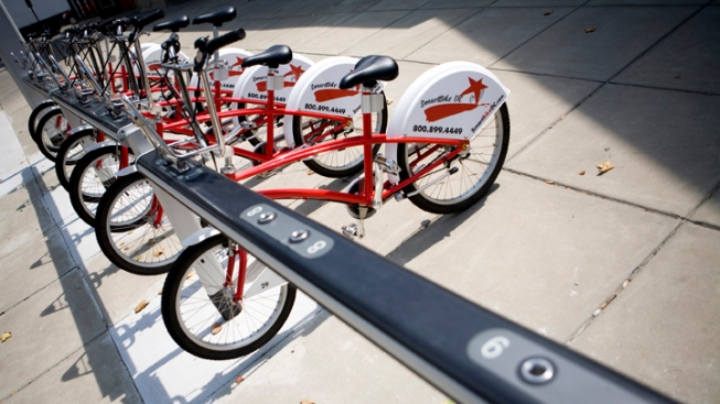 Chicago Picks Vendor for Bike Share Program