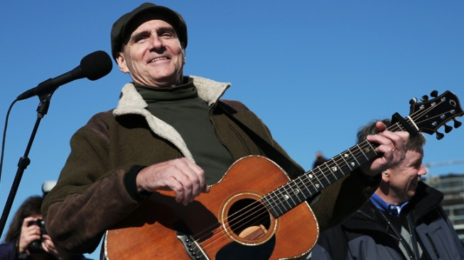 James Taylor, Jackson Browne to Play Wrigley Field in June