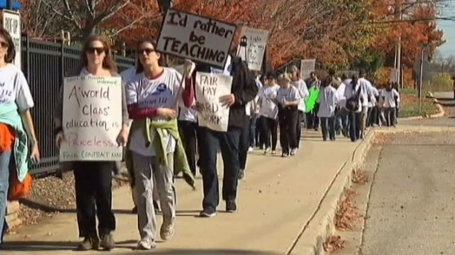Highland Park Teachers Reach Tentative Deal