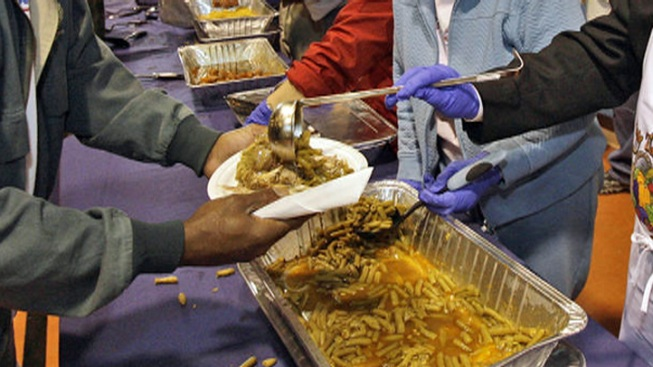 Officials Offer Health Tips for Super Bowl Buffets