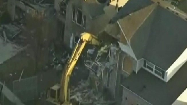 House Demolitions Begin After Ind. Explosion