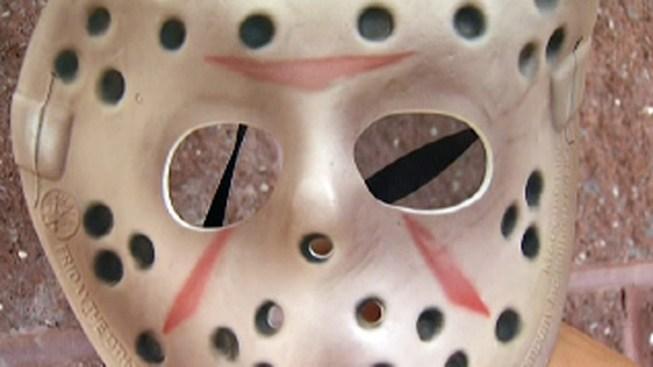 """Jason"" Knocks on Door, Points Knife at Woman"