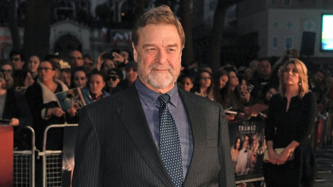John Goodman Debuts Dramatic Weight Loss on the Red Carpet