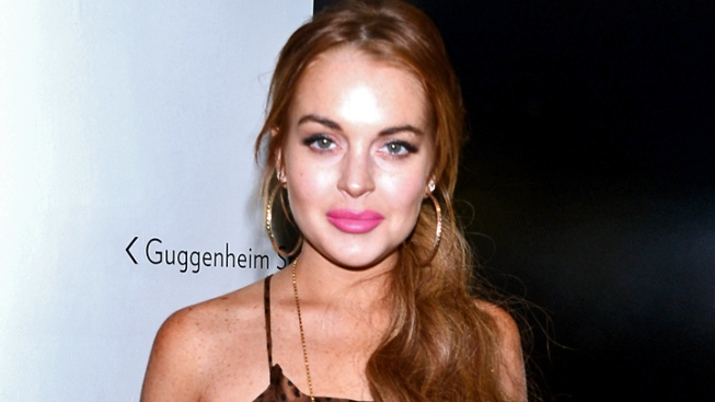 Lindsay Lohan Endorses Mitt Romney, But Her Voter Registration Isn't Up to Date
