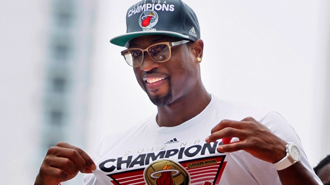 Dwyane Wade Pulls Out of Olympics Due to Surgery