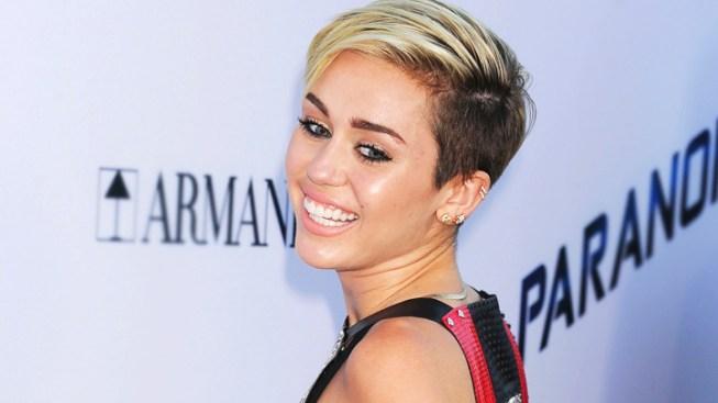 Lady Gaga Brings In R. Kelly For New Single