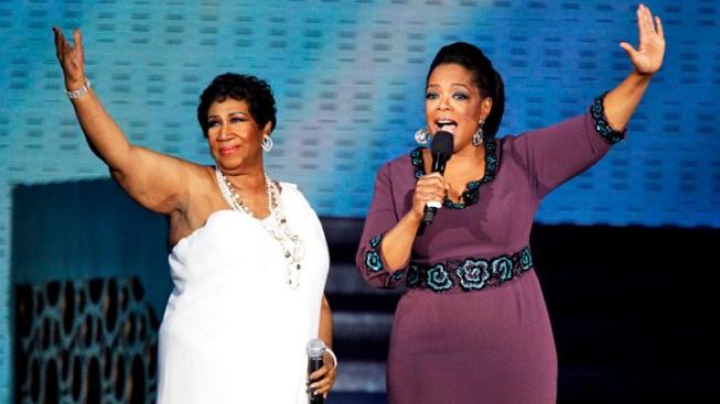Fans Await Final 'Oprah' Taping
