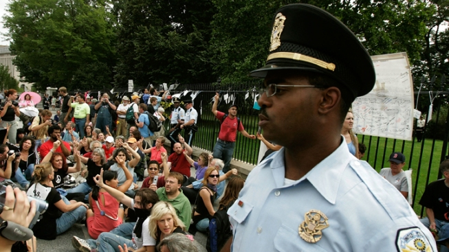 Inspector General Finds Park Police Lost Track of Weapons