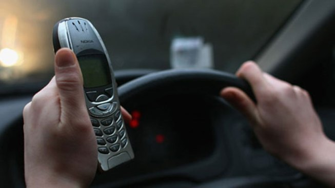 Oak Park Proposes Ban on Distracted Driving