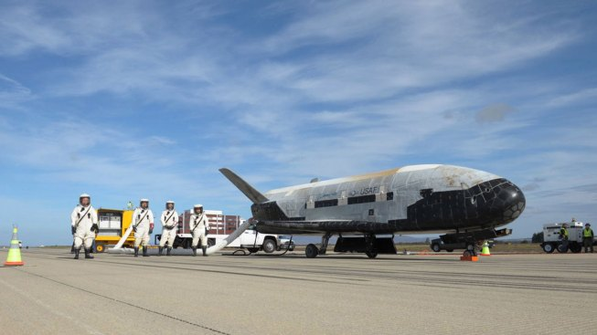 Mysterious X-37B Space Plane Breaks Record on Latest Military Mission