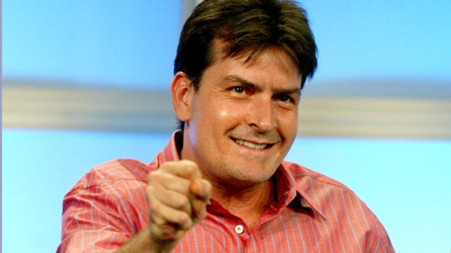 Charlie Sheen Announces Live Chicago Show